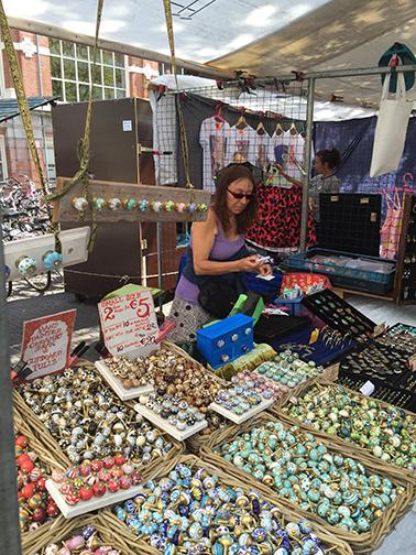 Dit Is De Officiele Website Van De Waterlooplein Markt Gevestigd Op